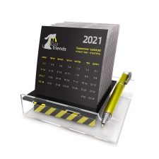 לוח שנה מחורץ עם כרטיסיות
